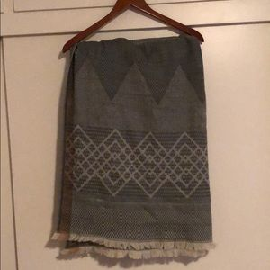 Madewell Gray patterned. XL scarf